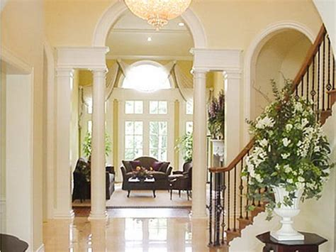 Amazing Foyer Decorating Ideas For The Floor