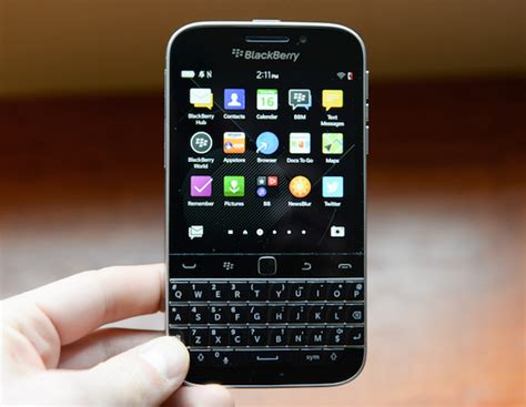 telus blackberry classic update to os 10 3 1 2072 now available to mobilesyrup