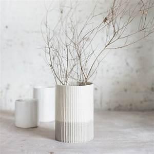 Moderne Vasen Von Designer : 50 deko vasen mit au ergew hnlichem design ~ Bigdaddyawards.com Haus und Dekorationen