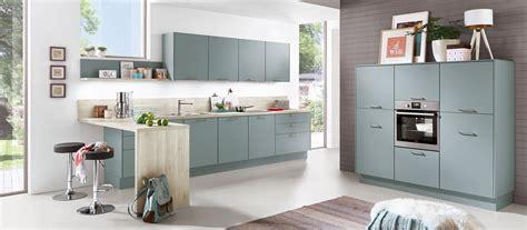 cuisine en bleu cuisine en l bleu scandinave cuisines cuisiniste aviva