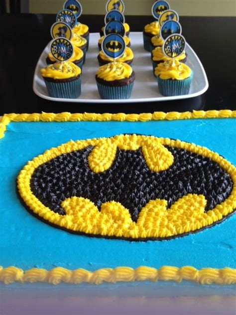 happy birthday    year  boy birthday food cakes