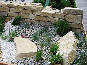 galets pour jardin cailloux accueil design et mobilier With modele de jardin avec galets