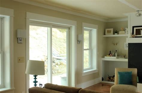 Behr?s Sandstone Cove pinner says it changes from beige