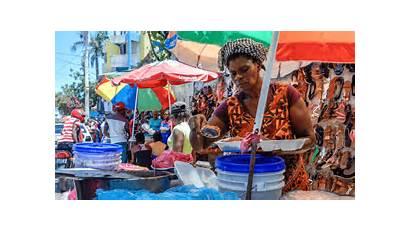 Haiti Street Vendors Insecure Prince Port Feeding