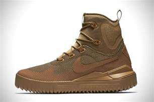 Rugged Boots Men by Nike Air Wild Mid Trail Shoe Hiconsumption