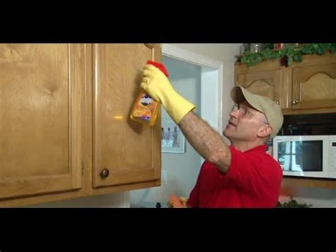 what removes grease from kitchen cabinets how to use a sponge to remove grease from kitchen 1996