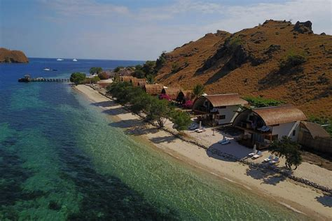 komodo resort special package