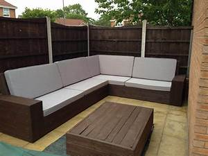 Diy pallet sectional sofa tutorial for Make a sectional sofa