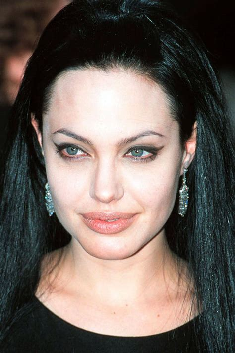 foto de Angelina Jolie Before and Afer Beautyeditor