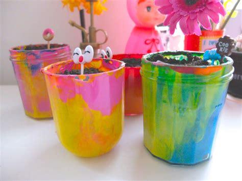 des pots de fleurs color 233 s diy pour enfants