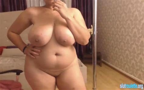 romanian milf with big natural tits on cam on gotporn