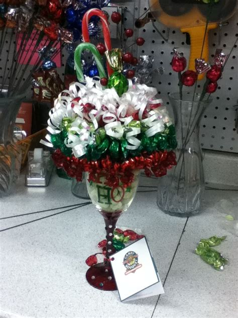 how to do a christmas candy sunday centerpiece themed bouquet sundae sweet ideas bouquets bouquet diy