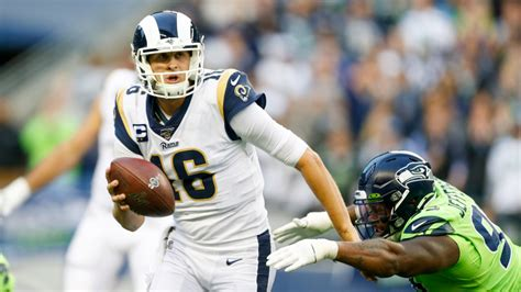 rams   point favorites  seahawks  opening