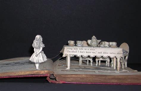 book artist takes   stage su blackwell  set