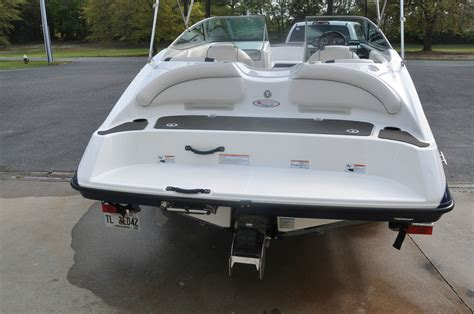 Yamaha Jet Boat Water In Engine Compartment by Yamaha Jet Boat Sold The Hull Boating And