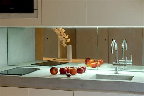cr馘ence en miroir pour cuisine crédence inox miroir le décoration de crédence inox