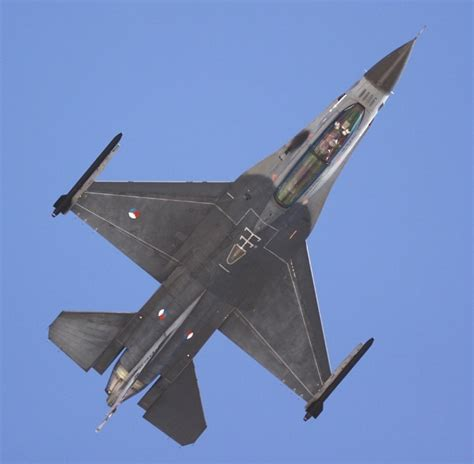 92 Best Images About Usaf F-16 Fighting Falcon (viper) On