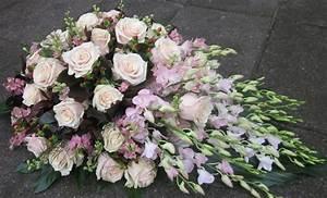 Trauer Blumen Bilder : trauer blumen maison belle fleur ~ Frokenaadalensverden.com Haus und Dekorationen