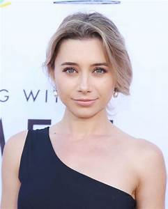 """Olesya Rulin - LGBT Center's """"An Evening With Women"""" in LA ..."""