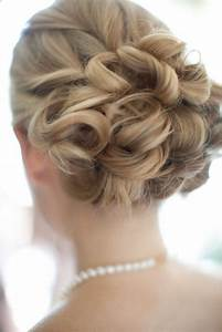 Wedding Hairstyle Ideas A Simple Timeless Wedding At