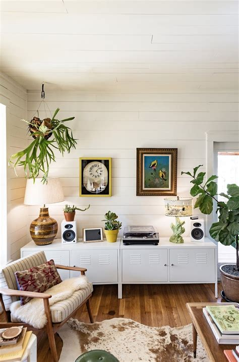 sunny austin home  lacy vancourt  dietrying