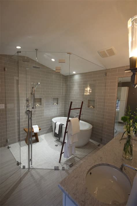 Bathroom Shower Room Ideas by Hgtv Quot Love It Or List It Quot Frameless Shower Enclosures