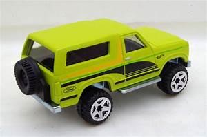 Mustang Fan Peru: Ford Bronco 4x4 1985 - Hot Wheels