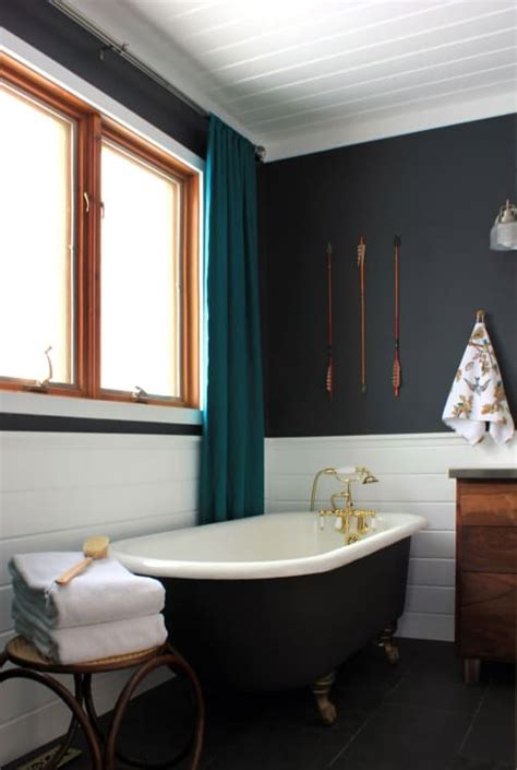 Best Color To Paint A Small Bathroom by Best Paint Colors For Small Bathrooms Apartment Therapy