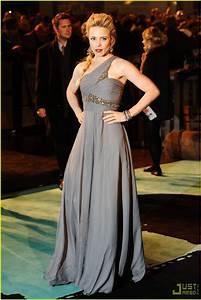 Rachel McAdams Brings 'Sherlock Holmes' to London: Photo ...