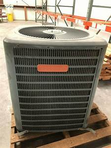 Goodman Gsc130301 2 5 Ton 13 Seer Central Air Conditioner