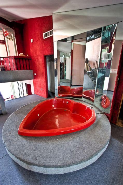 poconos heart shaped tub  heart shaped bath tub