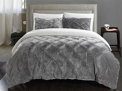 Sherpa Lined Comforter - josepha 3 pinch pleated sherpa lined comforter set