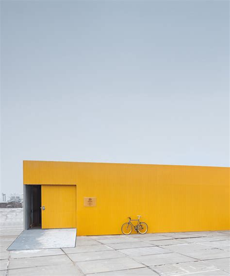 mellow yellow siege social space encounters mellow yellow healthcare centre in amsterdam