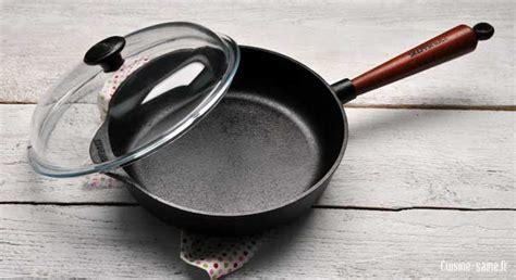 une sauteuse en cuisine cuisine saine et cuisson saine la fonte naturelle
