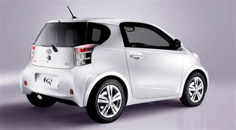Smallest Toyota Car by Toyota Iq 1 0 2009 Review Car Magazine
