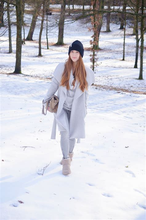 Walking in a winter wonderland outfit of the day (mit