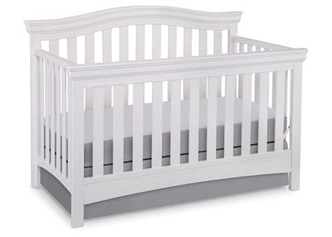 delta bennington crib bennington curved 4 in 1 crib delta children