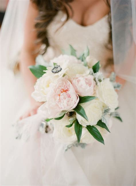 simply shabby chic bouquet 27 best simply shabby chic weddings images on pinterest weddings flower arrangements and