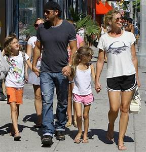Singer Faith Hill and her husband Tim McGraw take their ...