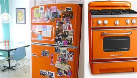 kitchen appliances: Retro Kitchen Appliances