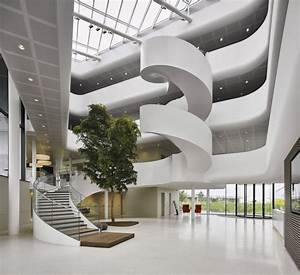Highly-energy Efficient Office for Vreugdenhil / Maas ...