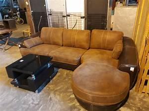 Pretoria gauteng furniture appliance auction the for Couches and sofas in pretoria