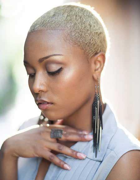 Sophie Mbeyu Blog: STYLE YA NYWELE FUPI PATA IDEA ZA