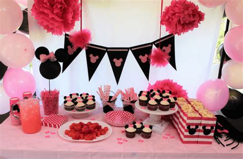 10 tips for an affordable minnie mouse birthday party cupcake recipe leggings 39 n 39 lattes