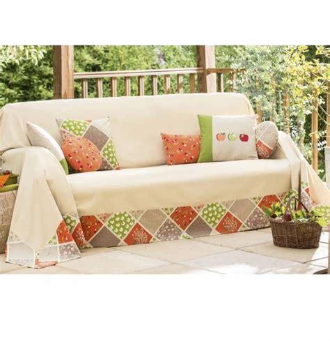 coussin de decoration pour canape 1000 idées sur le thème plaid canapé sur plaid