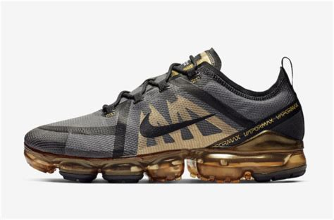 release date nike air vapormax  black gold