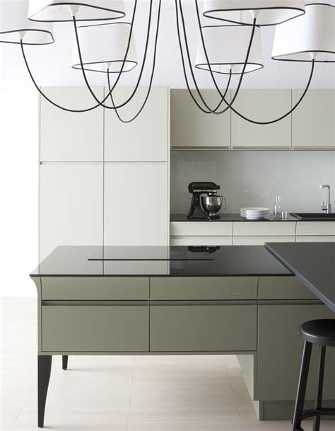 cr馥r un plan de travail cuisine plan de travail cuisine en verre maison design bahbe com