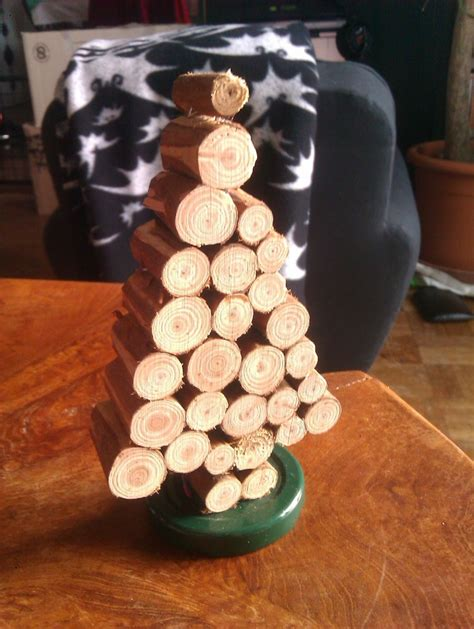 décoration de noel à fabriquer soi meme deco noel a fabriquer en bois visuel 9