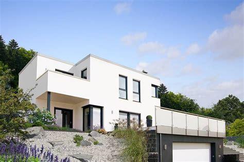 Moderne Häuser Im Hang by Fingerhut Haus Flachdach Bauhausstil Hangbebauung