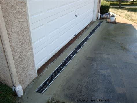 drainage for driveway driveway drainage problems trenchdrainblog com